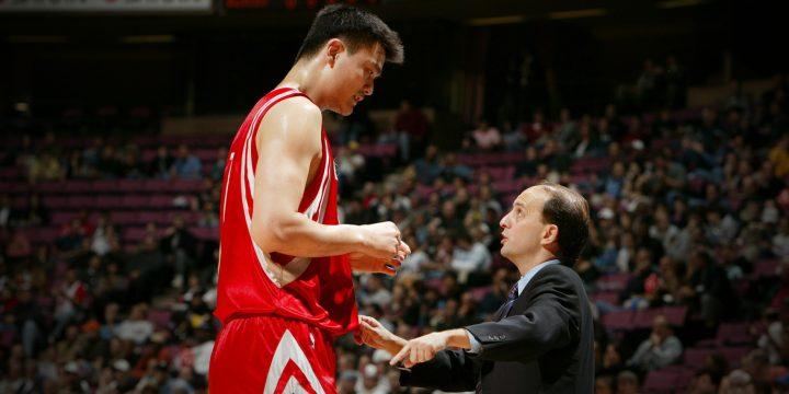 Yao Ming – Vua bóng rổ người Trung Quốc với chiều cao lý tưởng 2,29 m